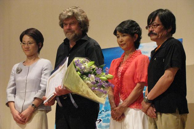世界的登山家ラインホルト・メスナーが来日し、登山ブームに沸く日本の ...